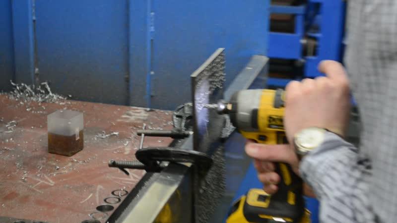 Сверло-метчик для скоростного сверления и нарезания резьбы