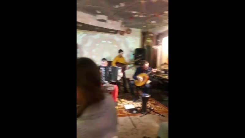 Концерт в Ауровилле