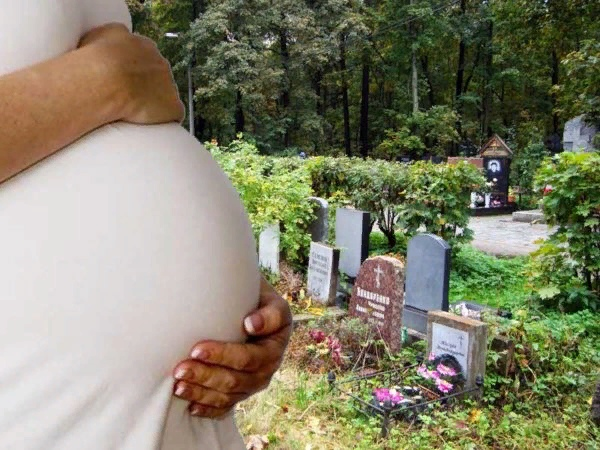 Можно ли беременным ходить на кладбище и прочие суеверия будущих мам.