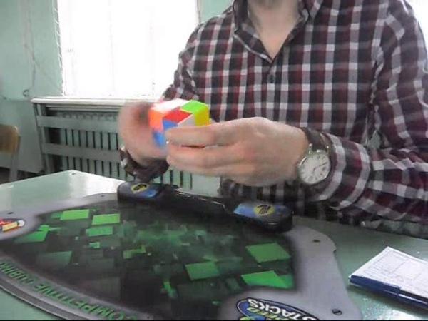 Вопрос не в том как я это делаю рекорд Вологды по кубику 2x2x2 3 79 секунды АО5