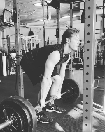 "Personal Training Nutrition on Instagram: ""@lukebracey deadlift 100kg movie prep coachsportif"""