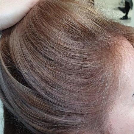 Самым сложным процессом в мелировании волос я считаю проработку краевой линии волос. 🤓  Важно продумать то, как это будет выгляд