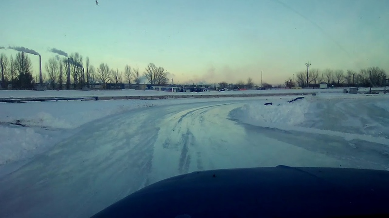 Заливка льда на трассе для Кубка России по ледовым гонкам Автодром КВЦ Тольятти