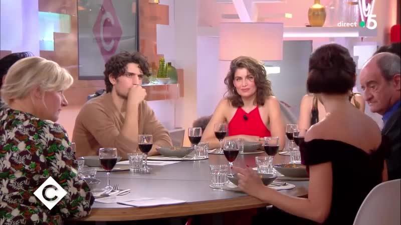 Au dîner avec Lily Rose Depp Laetitia Casta et Louis Garrel C à Vous 17 1