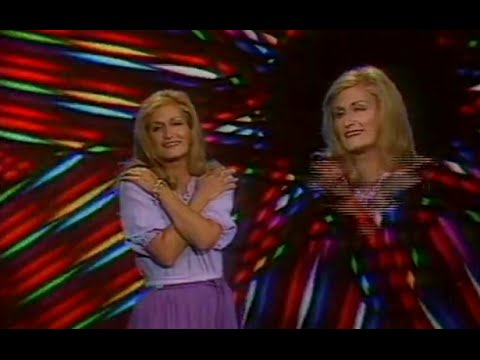 Dalida - Parle-moi d'amour, mon amour (1977)