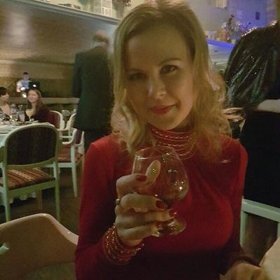Елена Хянина