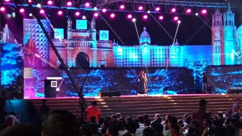 Adhir man zale live per shreya ghosal in mumbai swartarang 2018