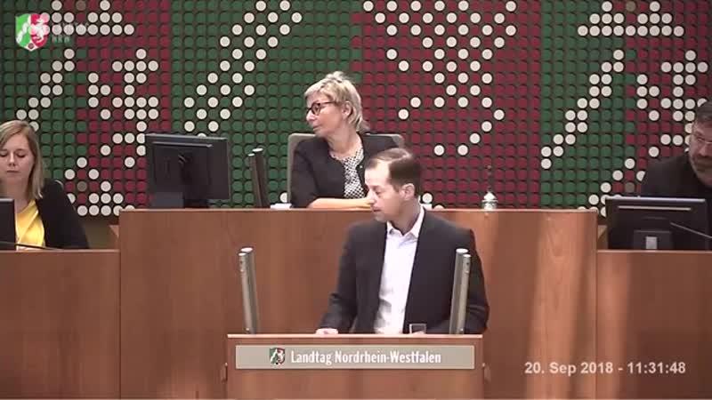 Rededuell zwischen Armin Laschet -CDU- ◄ ► Roger Beckamp -AfD-- -Sie müssen Angst vor uns haben-