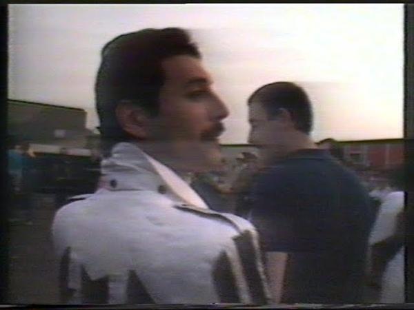 Queen Milton Keynes 1982 pre concert footage