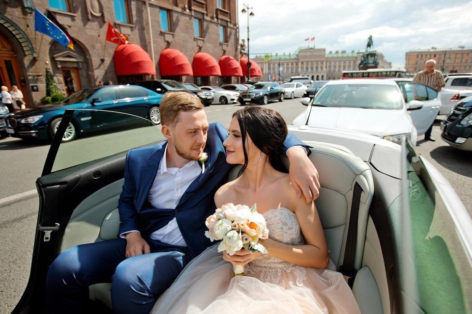 Аренда кабриолета с водителем от RentACar78 в Петербурге