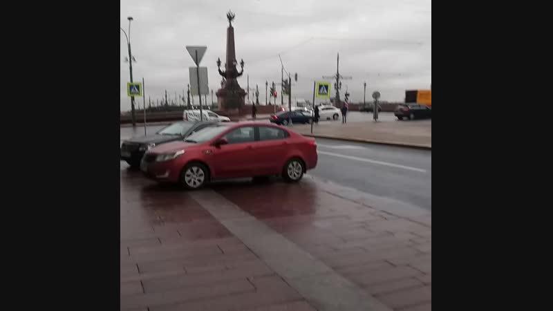Прогулка по Питеру Идем к Петропавловской крепости