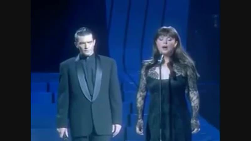 Sarah Brightman and Antonio Banderas - The Phantom Of The Opera