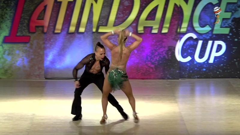 Braulio Valentina, Uruguay, Bachata Sensual Couple Pro, Final, WLDC 2016
