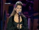 Celine Dion - My Heart Will Go On (Live @ Pavarotti Friends 1998)