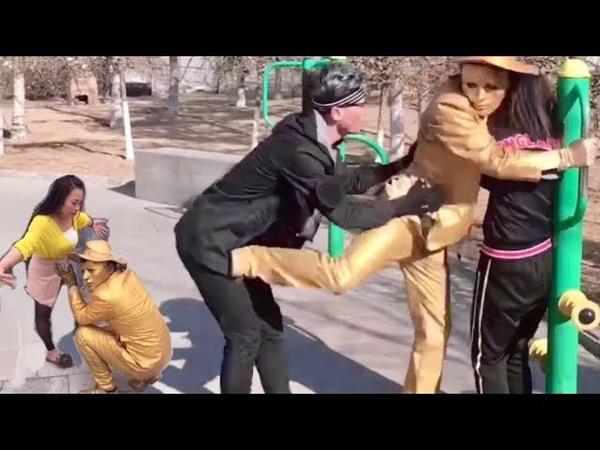 Coi là cười toét miệng p93😱【Can't stop laughing】Street prank