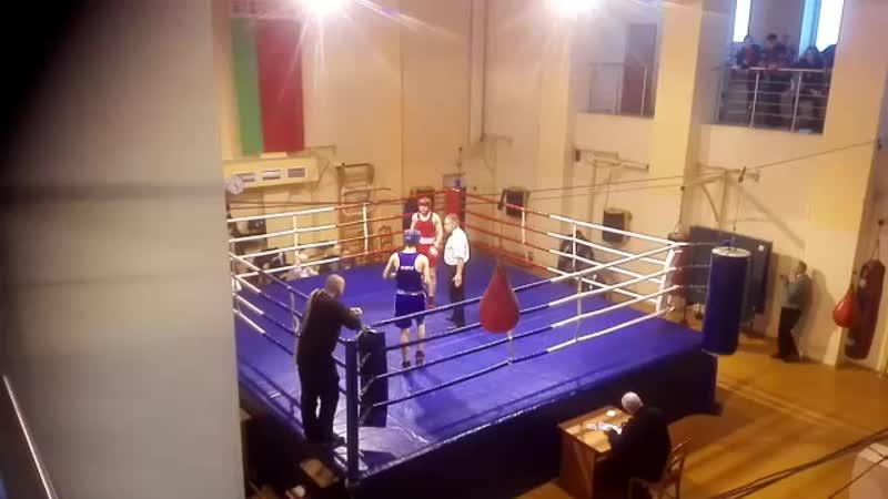 Бобров Даниил 1 бой (1-2 раунд)