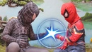 Spider Man and Venom play bowling With Tiev Toys