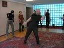 Спонтанный танец волнования.