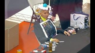승윤이가 썻던 그 머리띠!?를 선물받은 MINO(송민호)[4K 직캠]@181208 (소니AX700촬영)