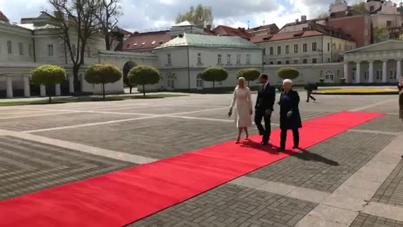 Crown Princess Mette Marit and Crown Prince Haakon meet with Lithuanian President Dalia Grybauskaite