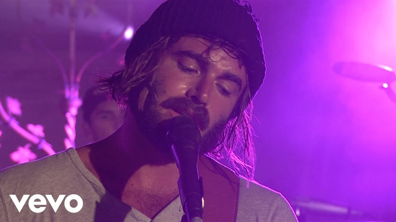 Angus Julia Stone - Big Jet Plane (Milk Live At The Chapel)