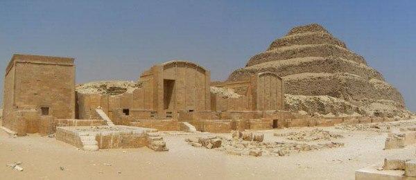 Пирамида Джосера – первая пирамида в Египте