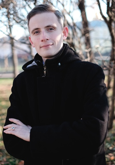 Александр Толстов