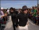 «Участники Fall Out Boy прибывают на MTV VMA 2005».