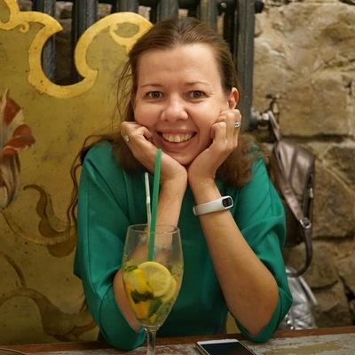 Лора Тарасова