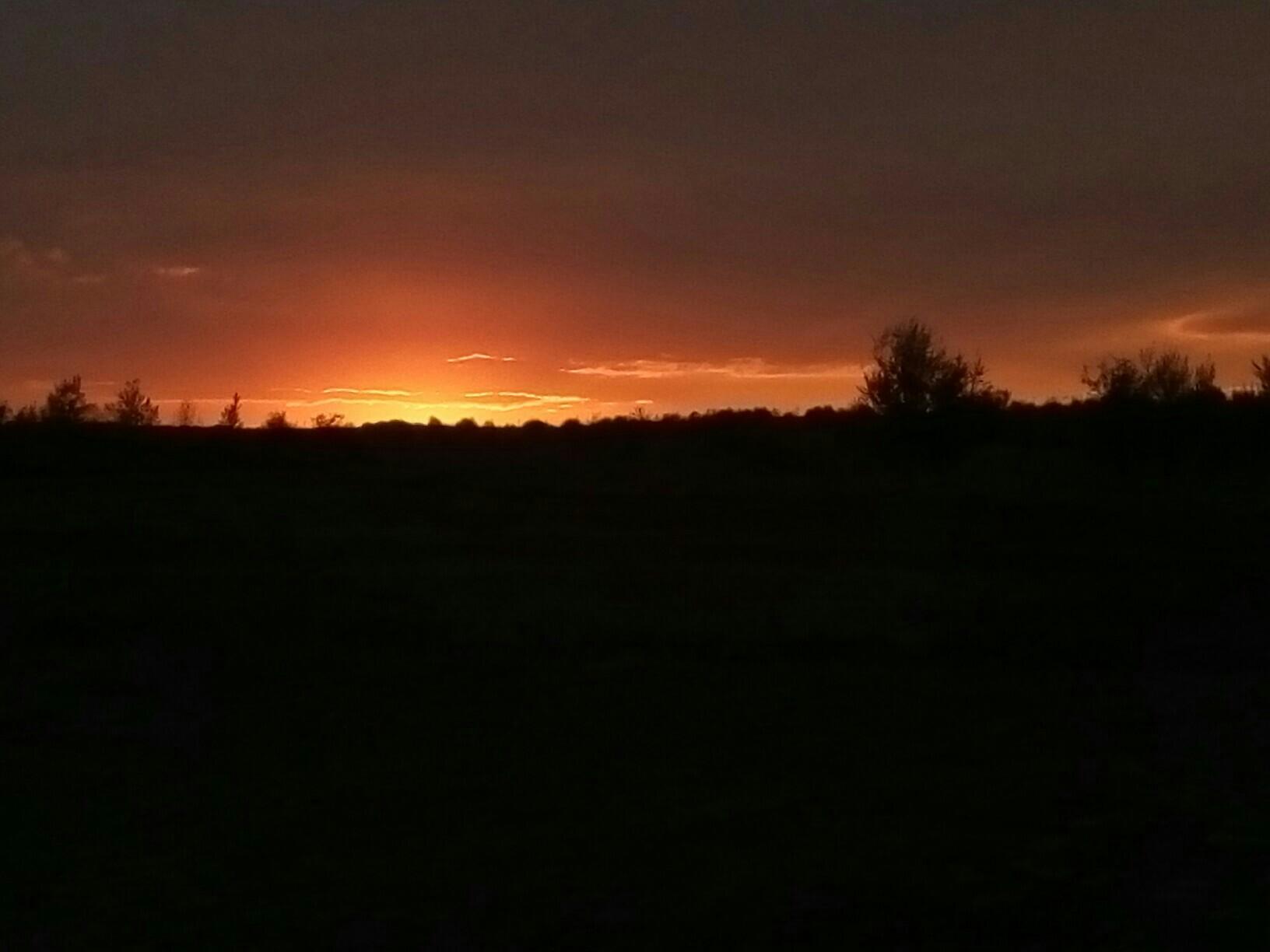 Красивый закат на Воскресенке