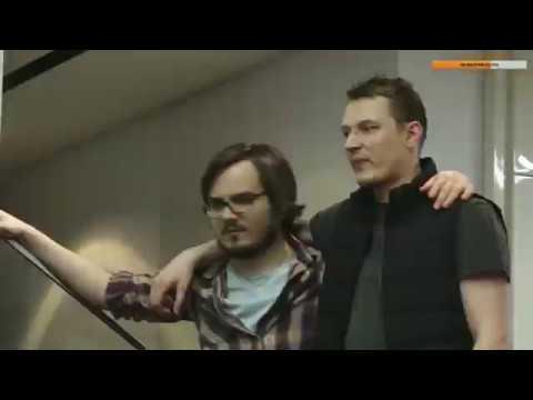 Мэддисон Танцует у Дреда на Хате