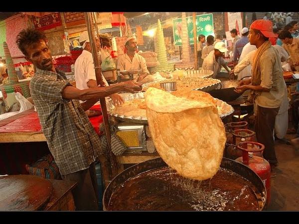 Indian Street Food - Street Food in Mumbai - Halwa Paratha