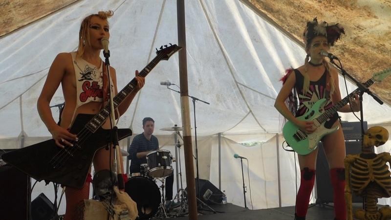 The SoapGirls - Johnny Rotten (Sixfields Rock Festival 2017, Northampton)