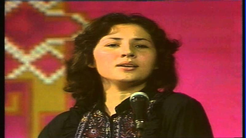 Aybeniz Hashimova Qemgin mahni (arxiv 10 sinif)