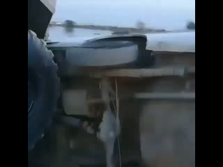 Легковушка против БТР-60