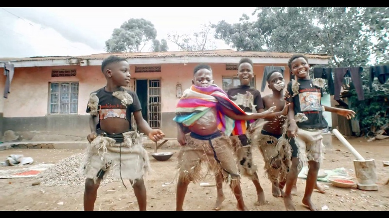 SAMBA (OFFICIAL DANCE VIDEO) BY TRIPLETS GHETTO KIDS FT EDDY KENZO