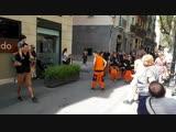 уличные барабаны в Барселоне