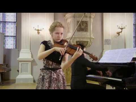 Sofija Ulanova plays Spanish Dance No.5 (Andaluza) by E. Granados
