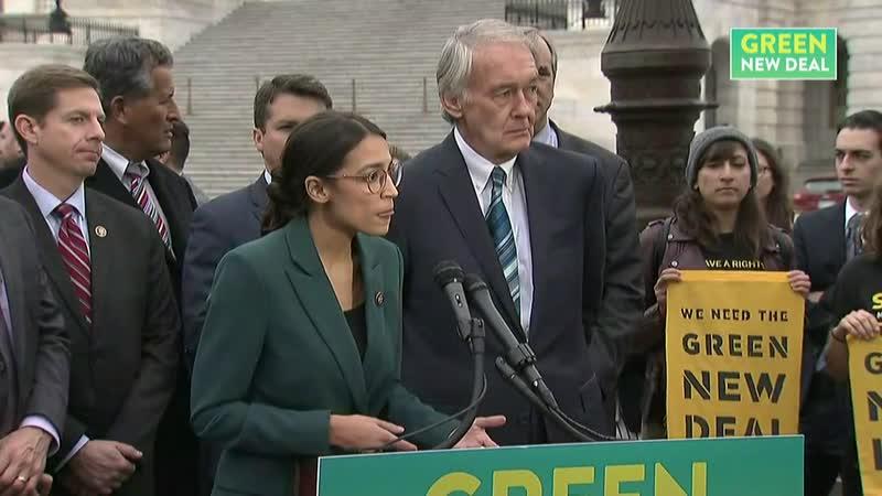 сенатор Эд Марки и конгрессмен Александрия Окасио Кортес презентуют программу Новый Зелёный Курс