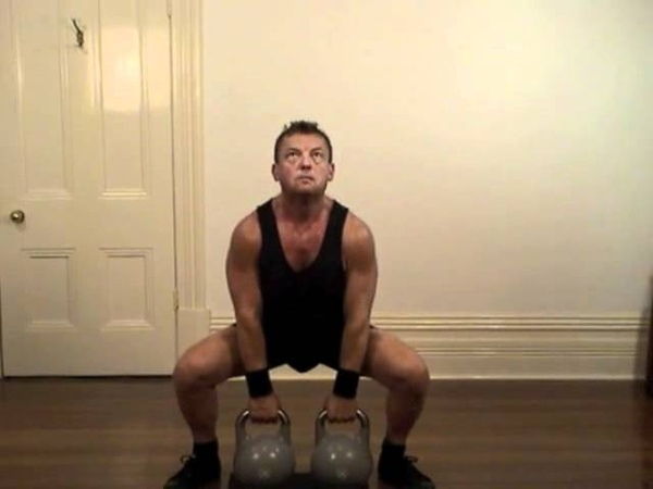 Kettlebells - Old Farts Club 01 - Sumo Deadlift