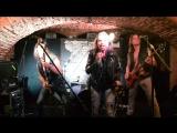 The Frozen Illusions/Parabellum Bar/cover Mötley Crüe -