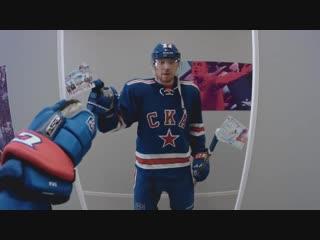 Дацюк заставил Дзюбу играть в хоккей