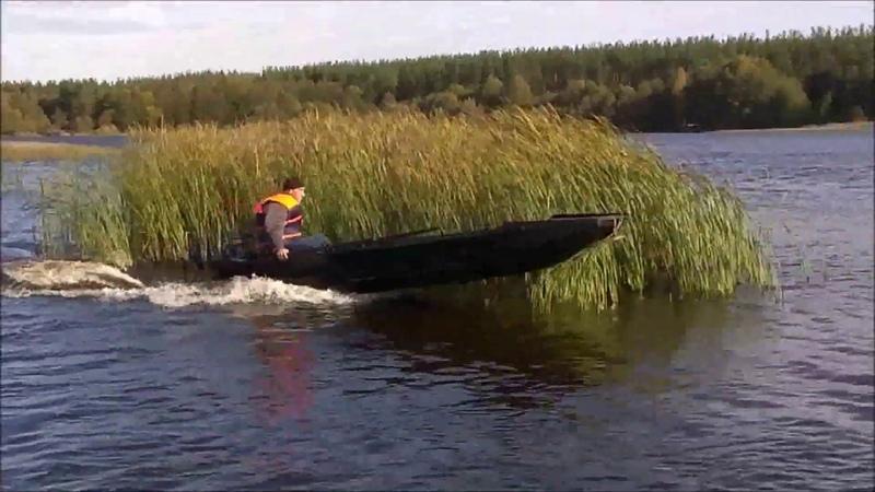 Лодка рыбака и охотника СТ А 430 Испытание на маневренность, выход на глиссер, далее вид из лодки