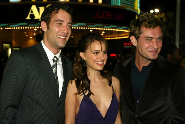 Натали Портман, Клайв Оуэн и Джуд Лоу на премьере Близостьв ЛА 2004 г#снимки_из_прошлого