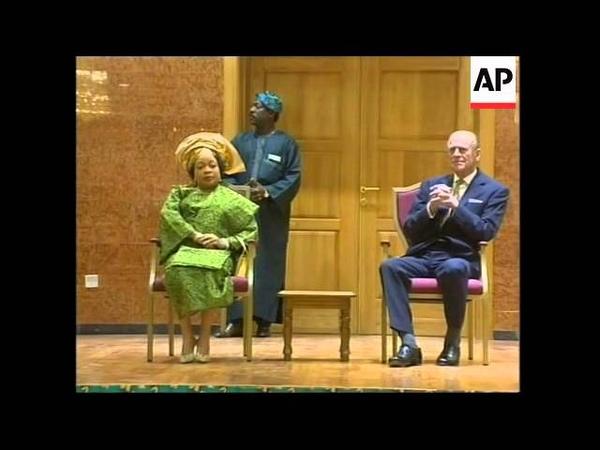 Queen Elizabeth 11visits Nigeria -adds more shots, comment