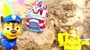 Paw Patrol Pups - Die Paw Patrol spielt im Sandkasten - Spielzeugvideo für Kinder