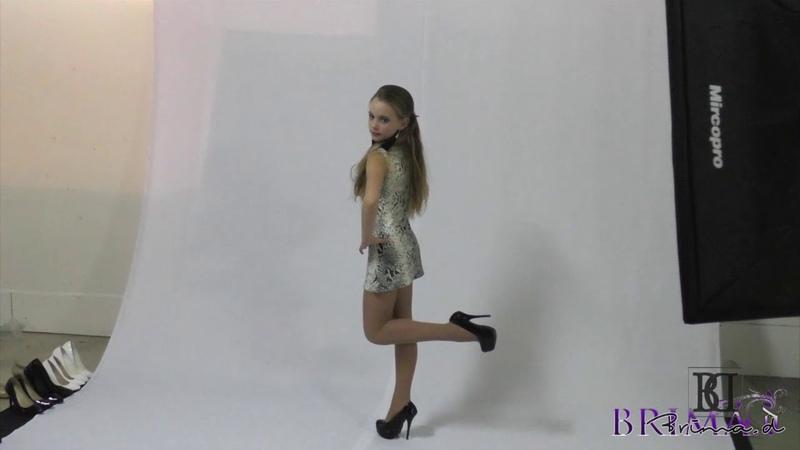 Model Hina posing agency Brima.d