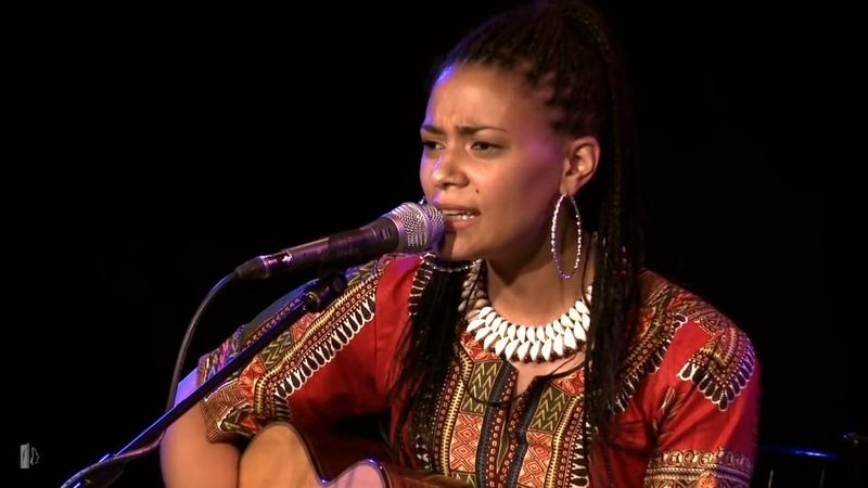 Sona Jobarteh Band - Gainaako (Live)