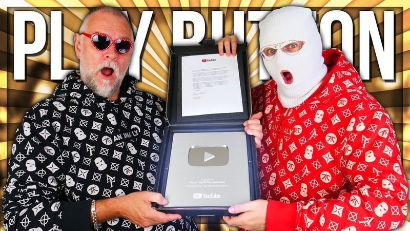 UNBOXING THE SILVER PLAY BUTTON (100,000 SUBSCRIBERS)