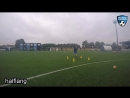 Midfielder passing Techniektraining Voetbal football soccer coaching drill exercise U15 U16 U17 U19